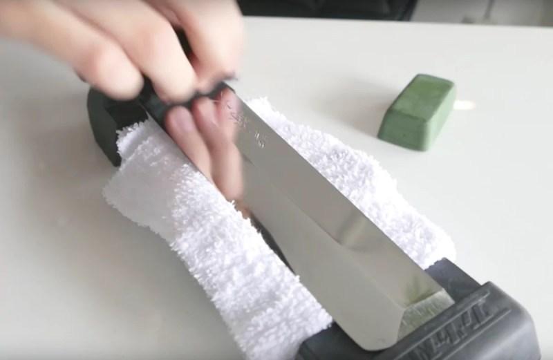 coltello pulito