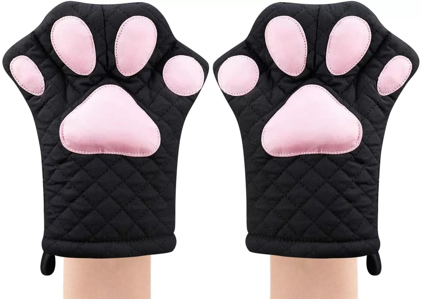 Ayomi Cat heat resistant oven mitts