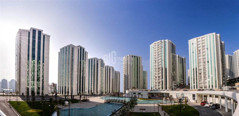 Excellent properties near metrobus city view for sale in Istanbul Beylikduzu