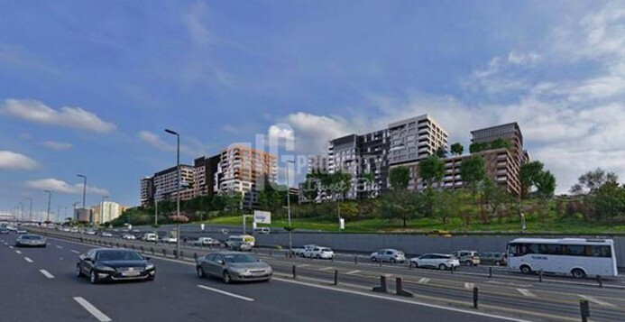 Big apartments for sale at city center with amazing green area in Istanbul Topkapi