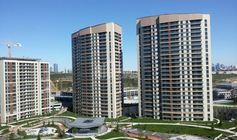 Luxury residantial houses for sale with wonderful city view near to highway in Istanbul Kagithane