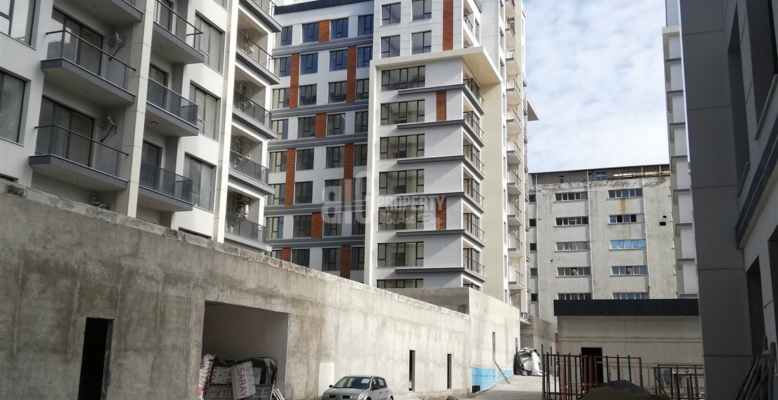 buying home in istanbul Günesli Bahce Connected metro in front of shops center for sale in Bahcelievler Istanbul