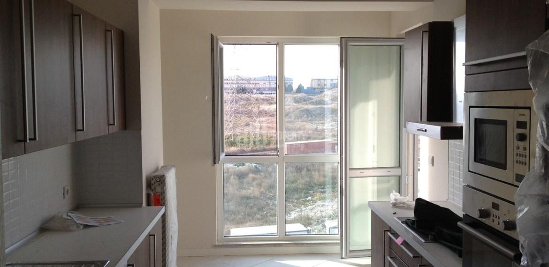 3 room apartment kitchen in akkoza