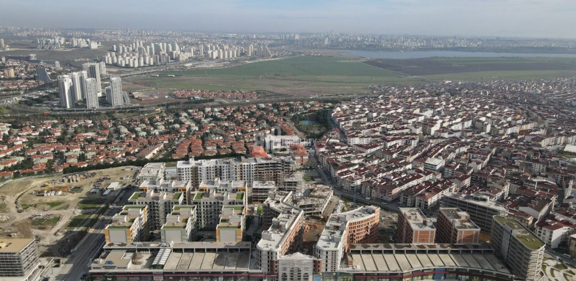 commercial property for sale centr of esenyurt suitable for citizenship