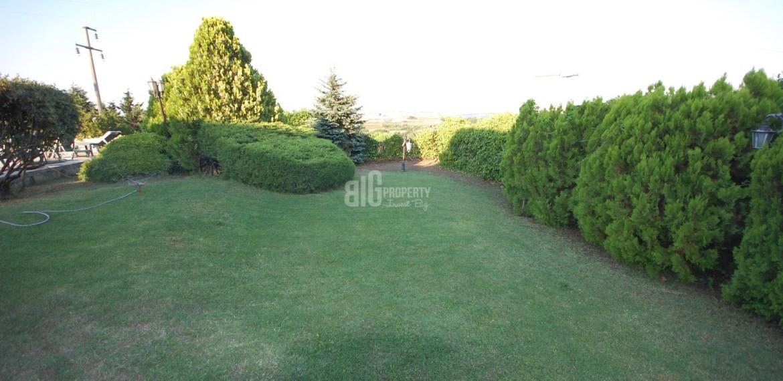 Big Villas 6+2 with big garden for sale in istanbul (15)