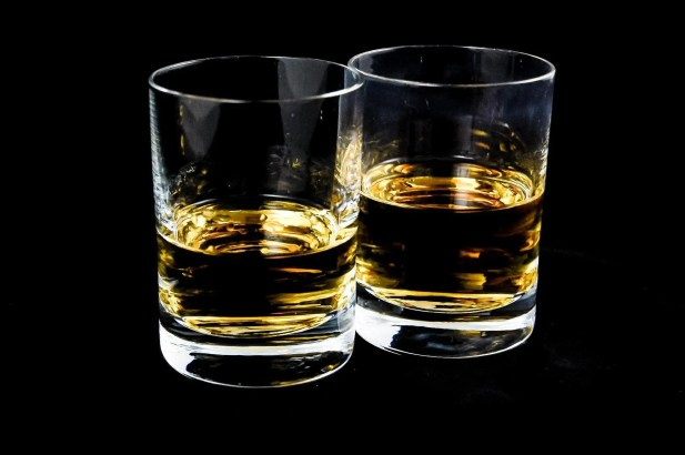 """featured image of the blog titled """"How Can You Differentiate Rye Whiskey From Bourbon?"""""""