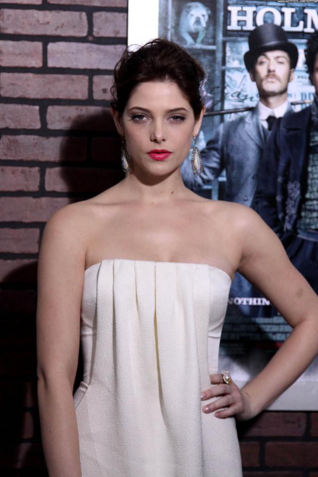 Ashley Greene New York New York Beautiful Babe Posing Hot Celebrity