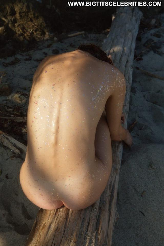 Anne De Paula Anna Nicole Hungarian Park Nude Topless Summer Sex