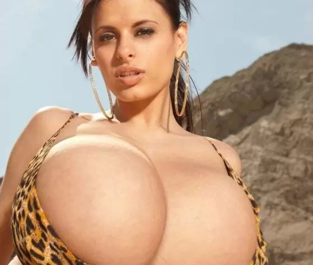 Wendy Fiore Huge Natural Boobs