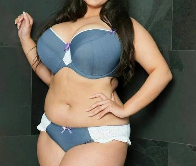Cute Babe Huge Natural Breasts