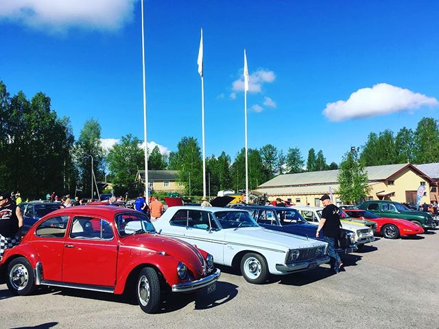 Great day at Sorsakoski, classic cars, swap meet, nice people, sun.