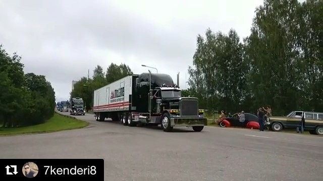 @7kenderi8 ・・・ SOUNDS ON!  BigWheels 2018 parade