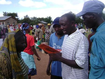 John Masige leest voor uit eigen (vertaal)werk