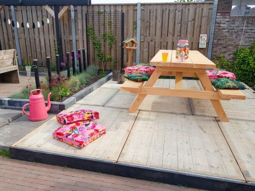 Vlonder steenschot met douglas picknicktafel