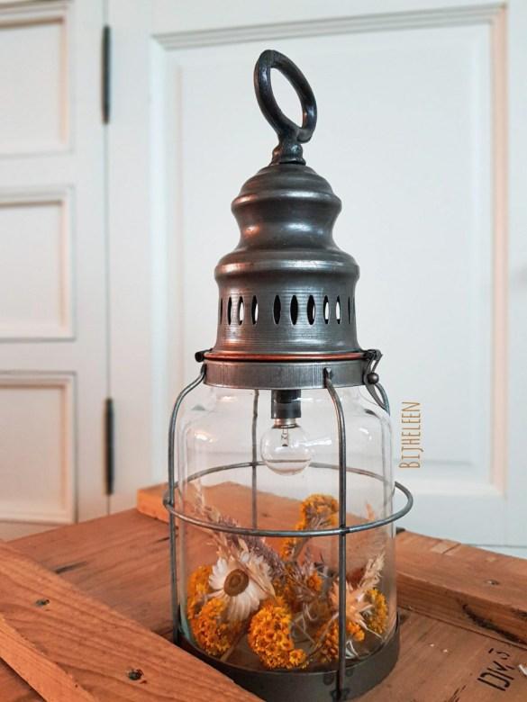 lamp met droogbloemen maken