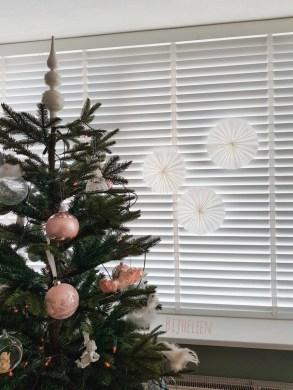 papieren kersthanger