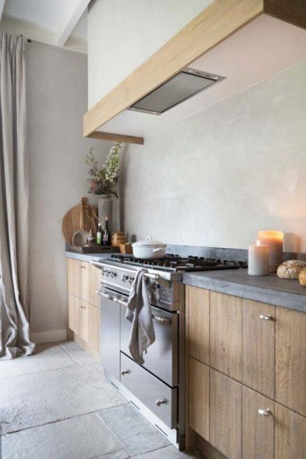 exclusieve keuken met vrijstaand fornuis