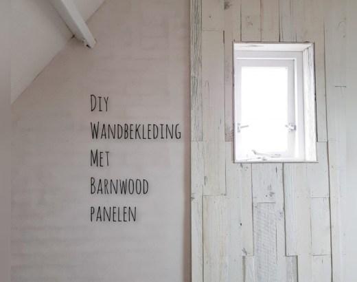 barnwood op muur