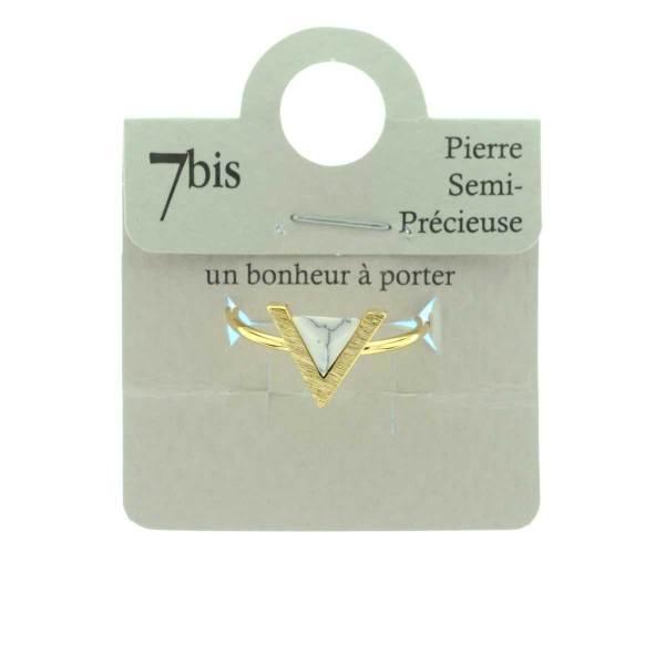 823924BLADOR Bague Triangle Blanc Doré Serti Howlite Blanche