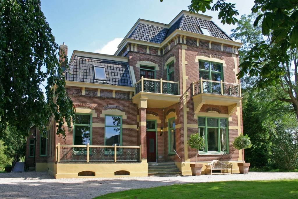 Bijzondere Overnachting Origineel Overnachten Luxe villa om te huren voor 20 personen grote groepen1