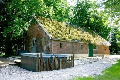 Bijzondere Overnachting Origineel Overnachten Luxe villa om te huren voor 20 personen grote groepen15