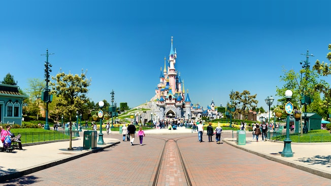 Bijzonder overnachten in Disneyland Parijs