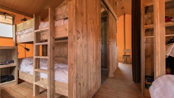 Bijzondere Overnachting Origineel Overnachten Slapen in een safaritent op Molecaten park Waterbos in Rockanje9