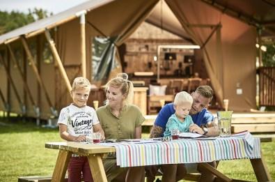 Bijzondere Overnachting Origineel Overnachten Slapen in een trekkershut op Texel15