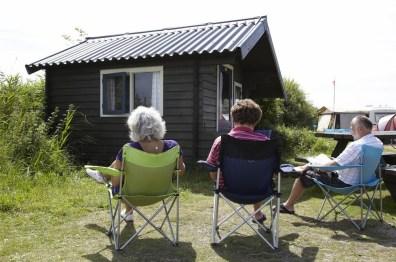 Bijzondere Overnachting Origineel Overnachten Slapen in een trekkershut op Texel6
