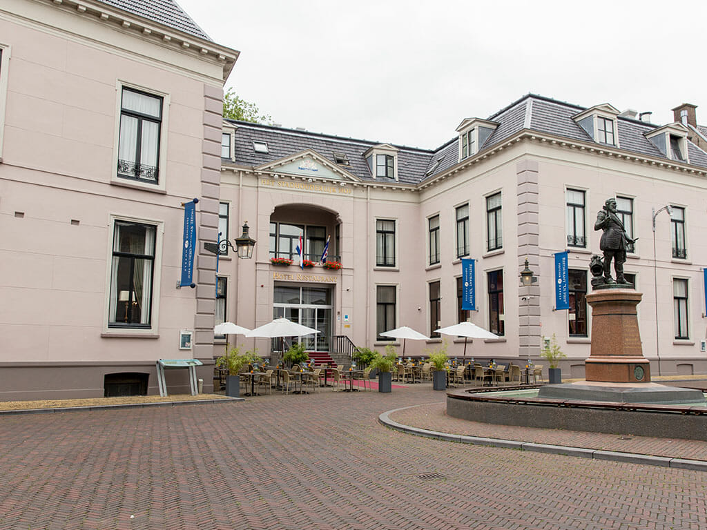 Koninklijk overnachten in Hotel Stadhouderlijk Hof in Leeuwarden