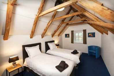 Bijzondere Overnachting Slapen op landgoed de Weldaed in Aalten Romantiscshe Wellness villa9