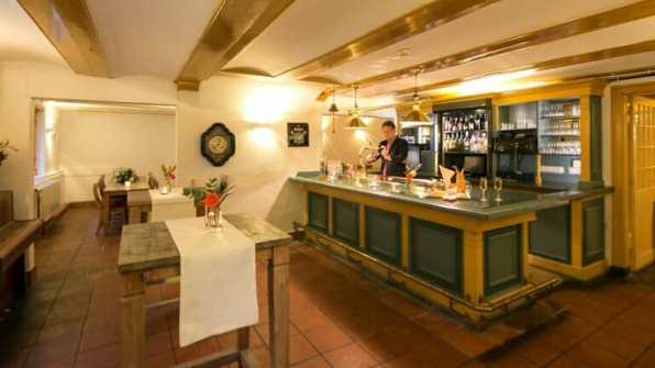 Bijzondere Overnachting Kasteel Oud Poelgeest Hotel Oegstgeest Leiden11