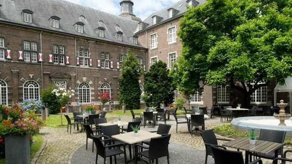 Bijzondere Overnachting Origineel Overnachten in Abdij Rolduc Kerkrade Limburg11