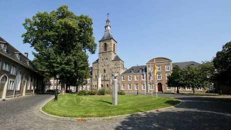 Overnacht in authentiek klooster en abdij Rolduc in Kerkrade