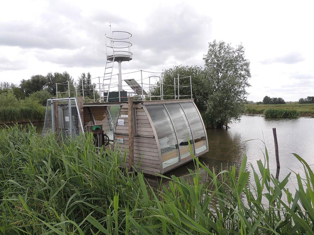 Origineel overnachten in de Biesbosch - Slapen in een Ecolodge op het water