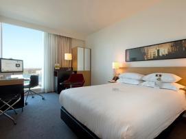 Bijzondere Overnachting Origineel Overnachten Double Tree by Hilton Hotels met prachtig uitzicht over Amsterdam3