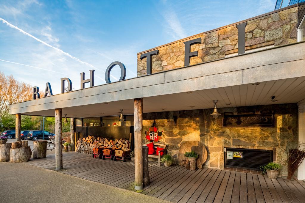 Bijzondere Overnachting Origineel Overnachten Slapen in Badhotel Rockanje aan het strand1
