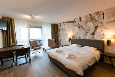 Bijzondere-Overnachting-Origineel-Overnachten-Slapen-in-een-familiehotel-aan-de-Zeeuwse-Kust-in-Renesse3