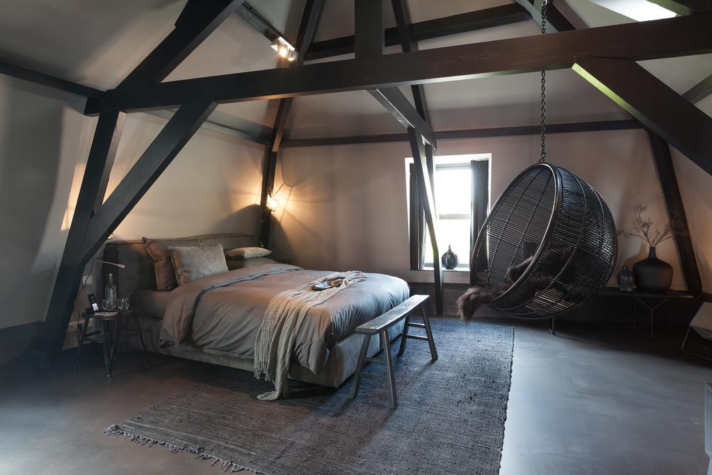 Bijzondere Overnachting Origineel Overnachting Mother Goose designhotel in Utrecht met uitzicht op de Dom10