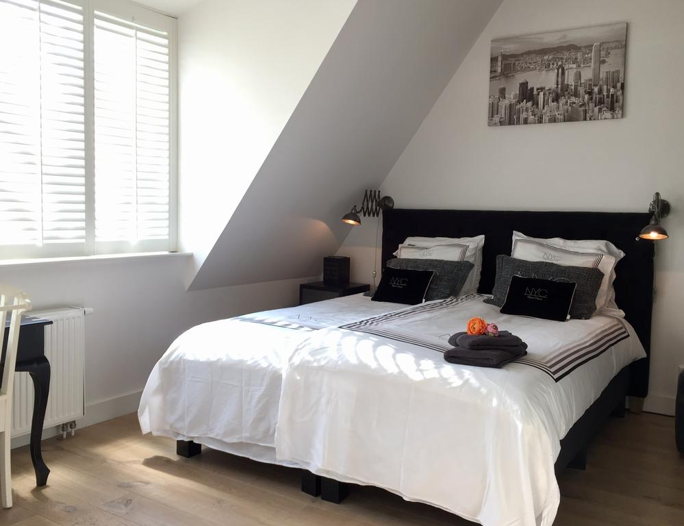 Bijzondere Overnachting Origineel Overnachten Slapen vlakbij de kust - Hotel Het Oude Raadhuis Castricum4