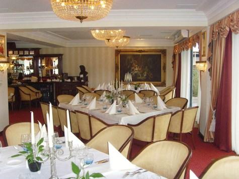 Bijzondere Overnachting Origineel Overnachten Wellness in Drenthe - Fletcher Hotel De Hunzebergen3