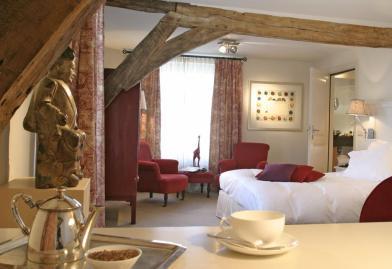 Bijzondere Overnachting Origineel Overnachten Limburgs kasteelhotel in Sandton Chateau De Raay2