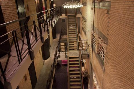 Bijzondere Overnachting Origineel Overnachten Slapen in voormalig gevangenis Hotel Huis van Bewaring in Almelo9