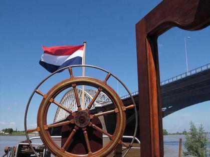 Bijzondere Overnachting Origineel Overnachten Slapen op Bed and Breakfast schip Opoe Sientje Nijmegen13