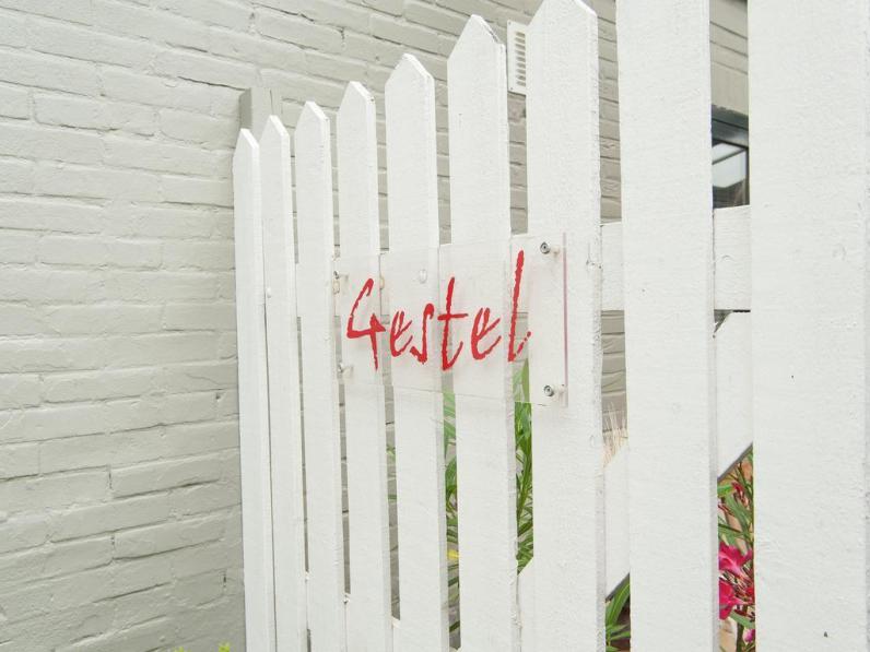 Bijzondere Overnachting Origineel Overnachten Voormalig schildersatelier Villa Gestel in Bergen aan Zee3