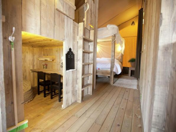Bijzondere Overnachting Origineel Overnachten Slapen in een luxe Sea Lodge in de duinen van Egmond aan Zee1