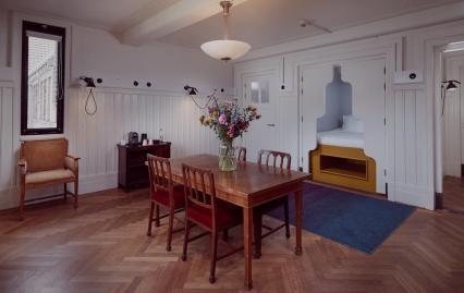 Bijzondere Overnachten Origineel Overnachten Slapen in voormalig scheepshoofdkantoor Lloyd Hotel Amsterdam13