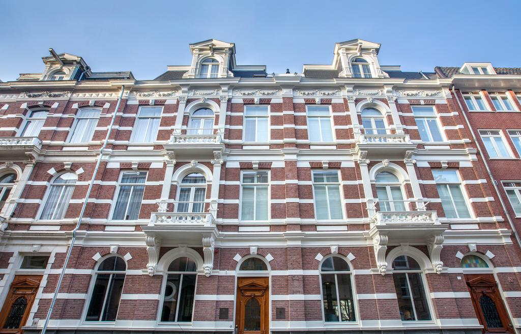 Bijzondere Overnachting Origineel Overnachten Romantisch slapen hotel Vondelpark Amsterdam1