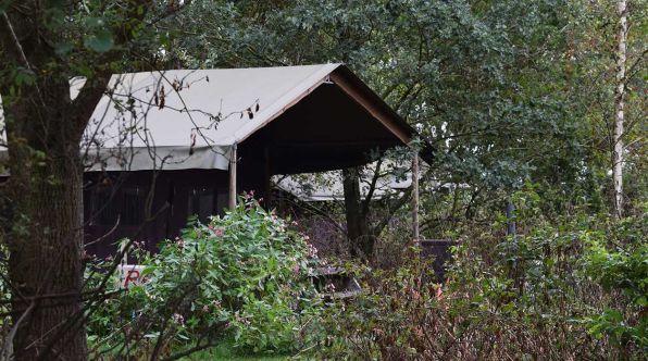 Bijzondere Overnachting Origineel Overnachten Slapen op een boerderij de Jobinghoeve in Grolloo met knuffelschuur in Drenthe12