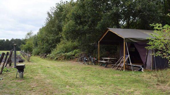 Bijzondere Overnachting Origineel Overnachten Slapen op een boerderij de Jobinghoeve in Grolloo met knuffelschuur in Drenthe13